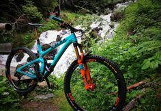Custom SB5.5C made by Needful Bikes - SKYlined's Bike Check - Vital MTB