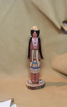 carved Native American Yurok Indian faceless art by MyPeopleDolls Native American Dolls, Native American Indians, Native Americans, Worry Dolls, Indian Dolls, Native Art, Wood Carving, Nativity, Hand Carved