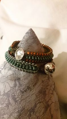 Line 'Em Up Bracelet, nach Christina Neit