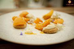 """Chef Rémi Piegay's """"Abricot cuit/cru, Strutzel au Thym et Citron, Crémeux Chocolat / Fromage blanc"""""""