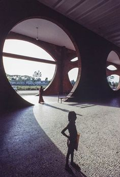 Louis Kahn creates an alien world in Bangladesh by clearly avoiding any reference to local culture, custom or construction style. The concept is so simple you find yourself in awe of his boldness.