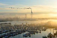 Башня Спинакер: символ города Портсмута (Великобритания)