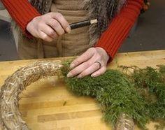 30 Beautifully Inventive DIY Christmas Decorations