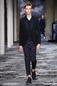 Neil-Barrett-Spring-Summer-2016-Menswear-Collection-Milan-Fashion-Week-032