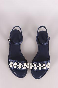 Unlock the fashion vault at La Voute Boutique and find the cutest collections. Shop here at https://www.lavouteboutique.com