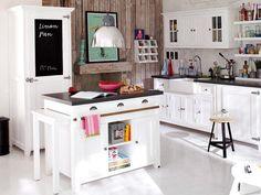 Una cocina de campo muy cálida | Decorar tu casa es facilisimo.com