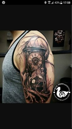 Black and gray custom hourglass tattoo: tree tattoo Sanduhren Part 01 Tatuajes Tattoos, 3d Tattoos, Great Tattoos, Skull Tattoos, Beautiful Tattoos, Body Art Tattoos, Tattoos For Guys, Tatoos, Form Tattoo