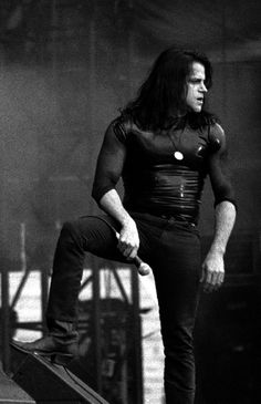 Glenn Danzig - a metal god from back in the day who I never really liked to listen to, but sure enjoyed looking at. Beatles, Good Music, My Music, Misfits Band, Glenn Danzig, Danzig Misfits, The Clash, Kinds Of Music, Metal Bands