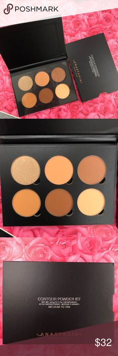 Anastasia Beverly Hills powder kit makeup A best-selling set of three powder highlight and three powder contour shades. Use Anastasia Beverly Hills Contour Powder Kit to create the illusions of higher cheekbones, a slimmer nose, softer jawline, or smaller forehead.   Blendable satin finish  Removable and refillable set  Can be layered over Contour Cream Kit to intensify results  Color medium to tan Anastasia Beverly Hills Makeup Face Powder