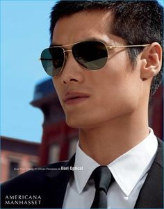Model Hao Yun Xiang rocks aviator sunglasses from Oliver Peoples.