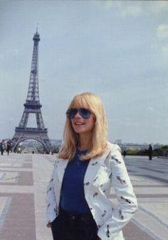 France Gall et Tour Eiffel