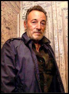 Bruce Springsteen — daninj419: Bruce Springsteen in elevator of...