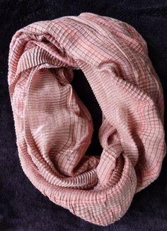 Compra mi artículo en #vinted http://www.vinted.es/accesorios/bufandas-extra-largas-y-chales/275798-cuello-redondo-rosa