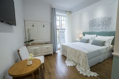 Casa Kallergi - Junior Suite Eva - Authentic Crete, Villas in Crete, Holiday Specialists Crete, Old Town, Villas, Bedroom, Furniture, Home Decor, Old City, Decoration Home, Room Decor