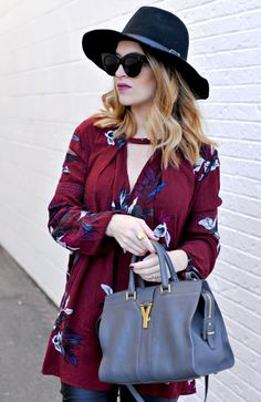 Free People Electric Orchid Print Swing Tunic and Yves Saint Laurent Y-Ligne Cabas Mini Leather Bag | winter fashion tips | winter style ideas | cold weather fashion | how to style a pom beanie | best winter style ideas || Oh So Glam Blog