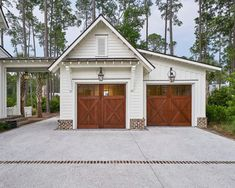 Did you remember to shut the garage door? Most smart garage door openers tell you if it's open or shut no matter where you are. A new garage door can boost your curb appeal and the value of your home. Detached Garage Designs, Design Garage, Exterior Design, Carport Designs, Carport Ideas, Detached Garage Plans, Pergola Designs, Pergola Ideas, Modern Farmhouse Exterior