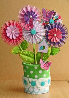 Paper Flowers. #paperflowers #crafts #scrapbook