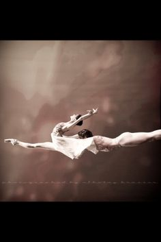 Look sideways... still just as still stunning! #ballet