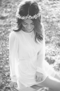Baby's Breath flower crown! Celebrating Simplicity {A Makeup-Free Portrait Session With Miss Maven} Photo session by Melody Melikian Photography..click for more photos of beauty blogger Miss Maven