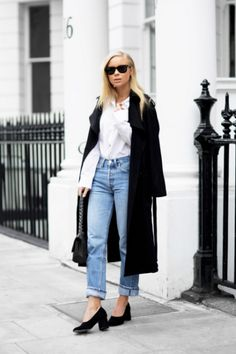STYLECASTER | Ways to Make Mom Jeans Look Cool | With a Trench Coat