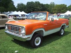 First year Ramcharger. Note the lack of window jam on doors. The early ones were conversions. The jam was attached to the removeable hardtop. Old Dodge Trucks, Vintage Pickup Trucks, Dodge Pickup, Dodge Cummins, Big Rig Trucks, Ram Trucks, Cool Trucks, Chrysler Trucks, Dodge Ramcharger