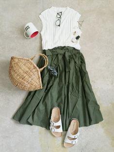 ナチュラル服のイタフラ│italie to france Skirt Looks - WEAR Korean Girl Fashion, Korean Street Fashion, Japanese Fashion, Retro Fashion, Womens Fashion, Casual Outfits, Fashion Outfits, Harajuku Fashion, Everyday Fashion