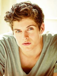 Daniel Sharman should without a doubt be cast as Adrian Ivashkov Okay so I'm a huge fan of Teen Wolf and Vampire Academy. l love watching Teen Wolf and every time I see Daniel Sharman (Who play Isaac. Teen Wolf Boys, Teen Wolf Cast, Teen Wolf Isaac, Teen Wolf Actors, Alexander Ludwig, Dylan O'brien, Daniel Sharman Teen Wolf, Boys Lindos, Meninos Teen Wolf