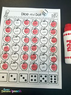 Love this Dice and Dot Articulation activity - perfect for fall speech therapy!