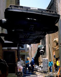 Setting up an alley scene in BTTF The Future Movie, Future Love, Back To The Future, Cultura Pop, Science Fiction, Great Scott, Michael J Fox, Bttf, Marty Mcfly