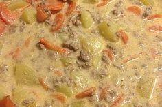 Kartoffel-Hackfleisch-Topf mit Schmand und Möhren 2