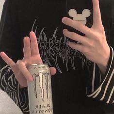 Badass Aesthetic, Aesthetic Grunge, Aesthetic Photo, Aesthetic Pictures, Aesthetic Boy, Soft Grunge, Grunge Goth, Tumblr Boys, Instagram Cool