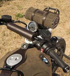 """UNITGARAGE """"Front Luggage rack"""" for BMW R nineT Scrambler and BMW R nineT Pure. Great style and quality made in Italy."""