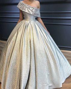 Haute couture fabric by Sahsa Tekstil. Ball Dresses, Ball Gowns, Prom Dresses, Formal Dresses, Wedding Dresses, Beautiful Gowns, Dream Dress, Dress Collection, Pretty Dresses