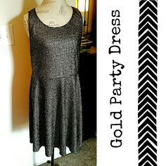 Gold & Black Printed Party Dress Forever 21+ gold hounds tooth printed cocktail dress! - worn twice then laundered - flattering material - true to size (like a REAL 3X)  Dress up with a belt, cute cardigan & clutch!! Forever 21 Dresses