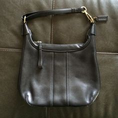 Small leather coach bag Small leather coach bag. Like new condition. Price is negotiable, make me an offer! Coach Bags
