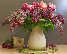 Букеты весеннего настроения: 28 идей прекрасных композиций из тюльпанов