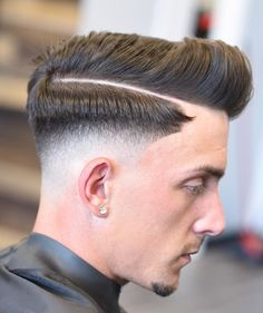 The best haircuts for men are constantly changing. Barber Haircuts, Cool Haircuts, Haircuts For Men, Cool Hairstyles, Hair Men Style, Hair And Beard Styles, Curly Hair Styles, Long Hair Fade, Long Hair On Top