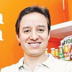 """""""Sin Secretos"""" es una empresa 100% mexicana que nace en el año de 2008, en un esfuerzo conjunto por parte de Manuel Villareal, director general y su primo Jorge Bouffier, director de operaciones."""