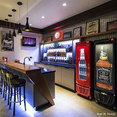 The perfect spot for hanging with the guys! Click the pin to see more man cave ideas and get inspiration for your home.