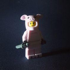 Hi! Go vegan! :3 #lego #minifigure #vegan #govegan #pig #knife