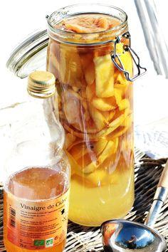 Les Cuisines de Garance: Préparer son vinaigre de pommes soi-même & ses bienfaits { et la Colline se prépare sereinement à l'hiver }