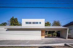 House in Takanami / Nakasai Architects Photos © Ippei Shinzawa