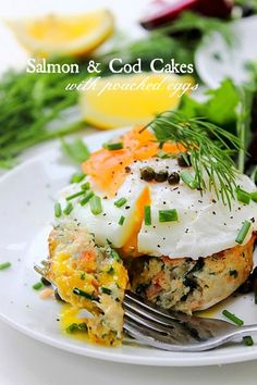 #Paleo Fish Cakes! No fillers, salmon, cod and lots of fresh herbs with poached eggs on top! #dreamcometrue