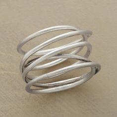 Twists & turns ring