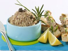 Rillettes de sardines French Food, Dog Food Recipes, Potato Salad, Mashed Potatoes, Oatmeal, Pudding, Cooking, Breakfast, Ethnic Recipes