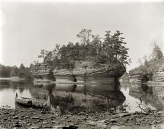 Lone Rock | Photograph | Wisconsin Historical Society
