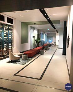 HEKKER Interieurbouw - Krasnapolsky Amsterdam - TOOKO – Inspiratie voor een exclusieve werkomgeving Amsterdam, Conference Room, Table, Furniture, Home Decor, Lush, Decoration Home, Room Decor, Tables