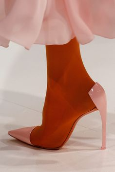 Shoes at Christian Dior Haute Couture S/S 2013 - Dior Boots - Trending Dior Boots. - Shoes at Christian Dior Haute Couture S/S 2013 Dior Haute Couture, Couture Shoes, Couture Dresses, Christian Dior, Christian Louboutin, High Heels Boots, Shoe Boots, Shoes Heels, Elegant Woman
