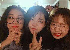 I : Yoojung, Somi et Sohye se retrouvent pour une soirée pyjama