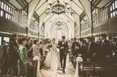 シャッターチャンス♡結婚式・披露宴で絶対に写真に残したい瞬間まとめ* | marry[マリー] Cinema Wedding, Wedding Scene, Japanese Wedding, Wedding Pictures, Engagement Photos, Wedding Decorations, Street View, Romantic, Wedding Dresses